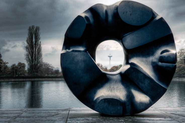 black_hole_sun_sculpture_soundgarder_seattle