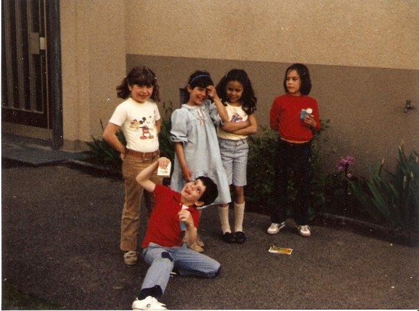 eine Gruppe siebenjähriger Kinder